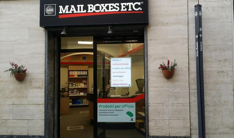 Ufficio Discount : Shipment monza mail boxes etc. 2745